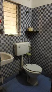 Bathroom Image of PG 4271702 Dum Dum Cantonment in Dum Dum Cantonment