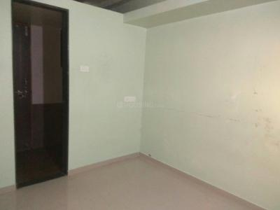 Gallery Cover Image of 650 Sq.ft 1 BHK Apartment for rent in Shree Shankar Niwass, Dhankawadi for 8000