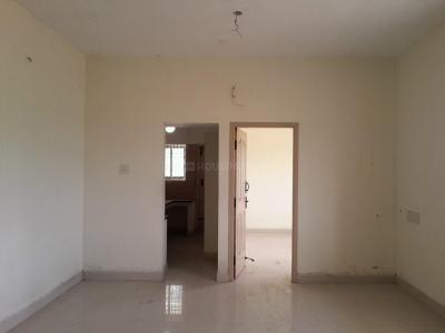 Gallery Cover Image of 845 Sq.ft 2 BHK Apartment for rent in Perungalathur for 12000