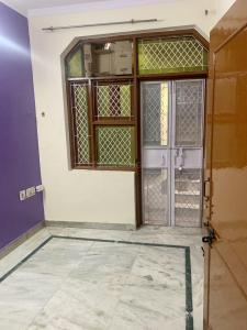 Gallery Cover Image of 450 Sq.ft 2 BHK Independent Floor for rent in RWA Sri Niwas Puri, Sri Niwaspuri for 8500