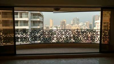 Gallery Cover Image of 2200 Sq.ft 3 BHK Apartment for buy in Evershine Jewel, Khar West for 130000000