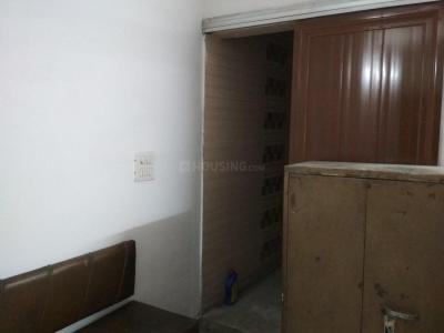 Gallery Cover Image of 600 Sq.ft 1 RK Apartment for rent in Janakpuri for 11000