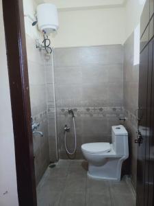 Bathroom Image of Vr Luxury Men's Hostel & PG in Madhapur