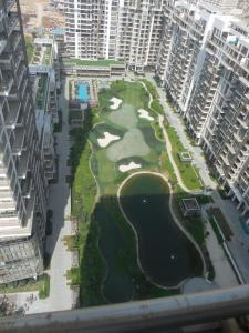 Gallery Cover Image of 3889 Sq.ft 3 BHK Apartment for rent in Sector 65 for 125000