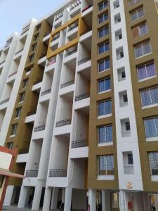 Gallery Cover Image of 1423 Sq.ft 3 BHK Apartment for rent in Wagholi for 15000