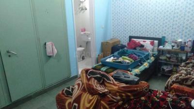 सेक्टर 22 में स्काइ रेसिडेंकेन के बेडरूम की तस्वीर