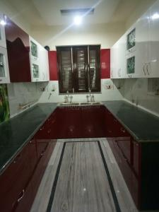 Gallery Cover Image of 2000 Sq.ft 3 BHK Independent Floor for rent in Sector 49 for 24000