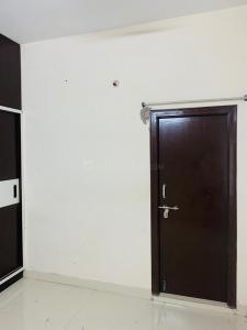 Gallery Cover Image of 1400 Sq.ft 3 BHK Apartment for rent in Sai Pavan Residency, Hafeezpet for 21000