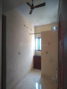 Gallery Cover Image of 800 Sq.ft 2 BHK Independent Floor for rent in Ekkatuthangal for 12000