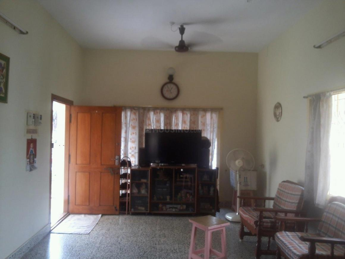 Living Room Image of 900 Sq.ft 2 BHK Independent Floor for rent in Madipakkam for 12000