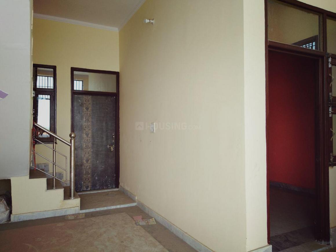 Living Room Image of 1060 Sq.ft 3 BHK Independent House for buy in Noida Extension for 3550000