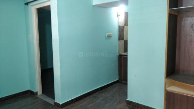 Gallery Cover Image of 600 Sq.ft 1 BHK Independent House for rent in Kumaraswamy Layout for 8000