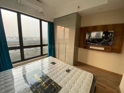 Gallery Cover Image of 1677 Sq.ft 3 BHK Apartment for buy in Bengal Peerless Avidipta Phase II, Mukundapur for 18200000