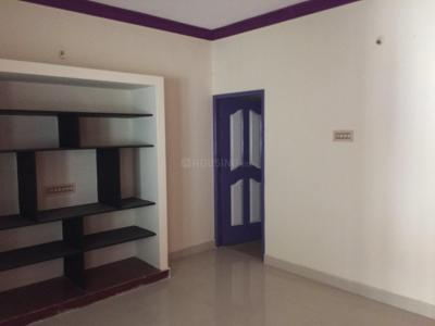 Gallery Cover Image of 640 Sq.ft 1 RK Independent House for rent in Sithalapakkam for 6000