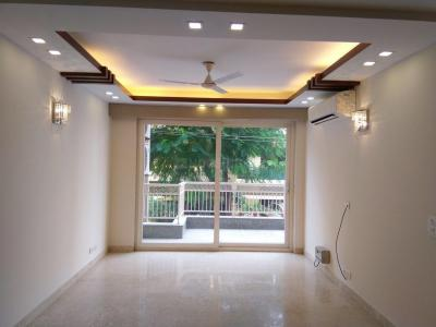 Gallery Cover Image of 2169 Sq.ft 3 BHK Independent Floor for buy in Safdarjung Enclave for 42500000