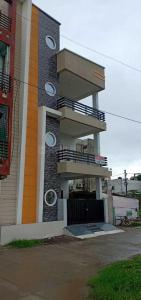 Gallery Cover Image of 1000 Sq.ft 2 BHK Independent Floor for rent in Mahalakshmi Nagar for 13000