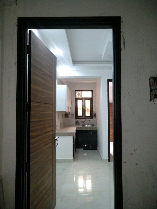 Main Entrance Image of 450 Sq.ft 1 BHK Apartment for buy in Chhattarpur for 1800000