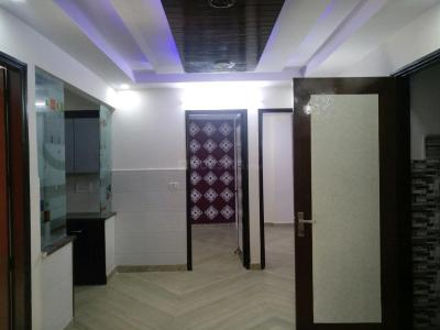 Gallery Cover Image of 1000 Sq.ft 3 BHK Apartment for buy in Mansa Ram Park for 5300000