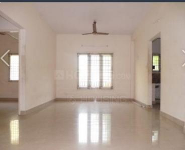 Gallery Cover Image of 1100 Sq.ft 3 BHK Apartment for rent in Urapakkam for 14000