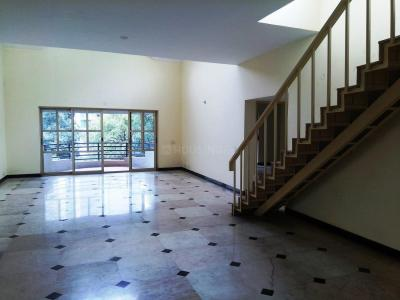 Gallery Cover Image of 3836 Sq.ft 4 BHK Apartment for buy in Richmond Town for 43700000
