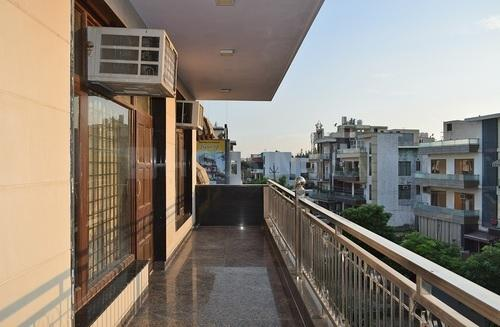 Balcony Image of Shashank House Ardee City in Sector 52