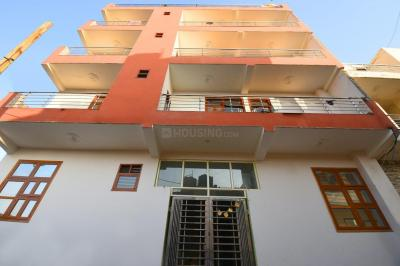 Building Image of Oyo Life Grg1191 in Sector 33