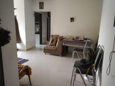 Gallery Cover Image of 985 Sq.ft 2 BHK Apartment for rent in Thane West for 29000