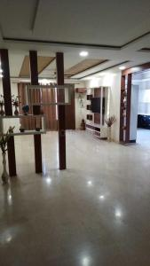 Gallery Cover Image of 2700 Sq.ft 3 BHK Independent Floor for buy in Sector 67 for 10000000