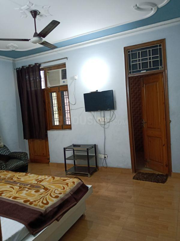 Bedroom Image of 500 Sq.ft 1 BHK Independent Floor for rent in Sector 12 for 11500