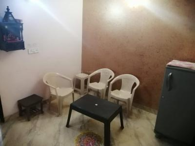 Gallery Cover Image of 700 Sq.ft 2 BHK Independent Floor for rent in Dwarka Mor for 10000