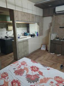 Gallery Cover Image of 310 Sq.ft 1 RK Apartment for rent in Siddhi Prabha, Prabhadevi for 25000