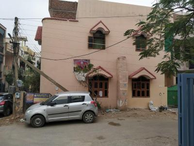 Gallery Cover Image of 900 Sq.ft 2 BHK Independent House for rent in Sector 49 for 9500