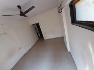 Gallery Cover Image of 900 Sq.ft 2 BHK Apartment for rent in Crescent Hill View, Vikhroli West for 32000