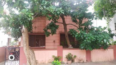 Gallery Cover Image of 1500 Sq.ft 2 BHK Independent House for buy in Domlur Layout for 33000000
