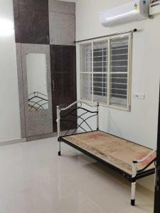 Gallery Cover Image of 1200 Sq.ft 2 BHK Apartment for rent in Madipakkam for 25000