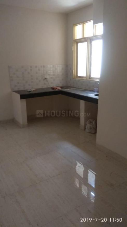 Kitchen Image of 600 Sq.ft 2 BHK Apartment for rent in Sector 70 for 7000