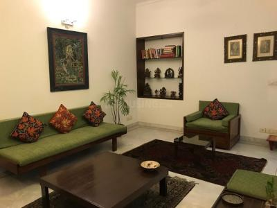 Gallery Cover Image of 2000 Sq.ft 5 BHK Apartment for rent in Sarita Vihar for 65000