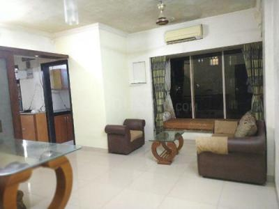 Gallery Cover Image of 900 Sq.ft 2 BHK Apartment for rent in Raheja Eastate, Borivali East for 35000