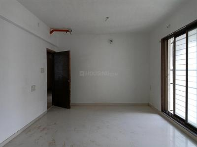 Gallery Cover Image of 950 Sq.ft 2 BHK Apartment for buy in Kandivali West for 16500000