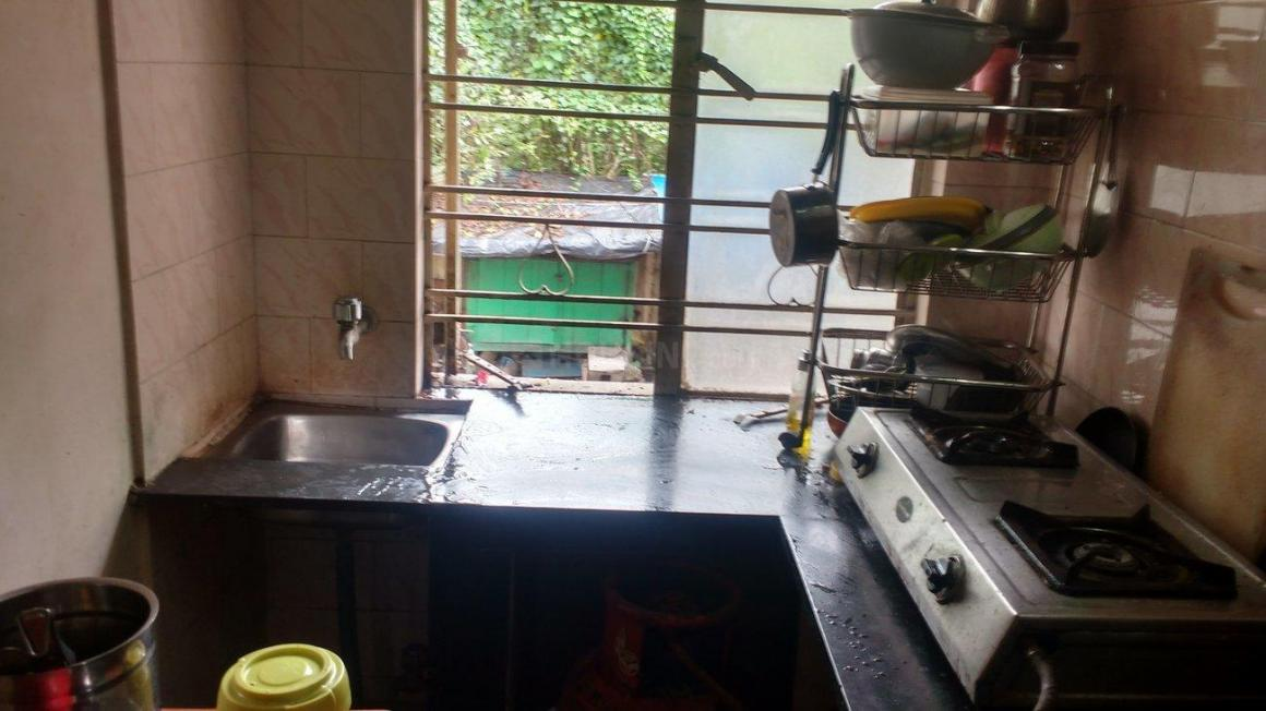 Kitchen Image of 1013 Sq.ft 1 BHK Apartment for rent in Botanical Garden Area for 5000