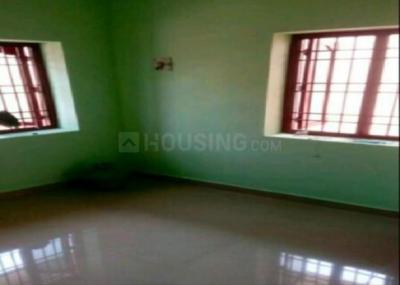 Gallery Cover Image of 1200 Sq.ft 2 BHK Independent House for rent in Kundrathur for 9500