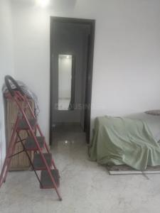 Gallery Cover Image of 700 Sq.ft 1 BHK Independent Floor for rent in Sector 52 for 15000