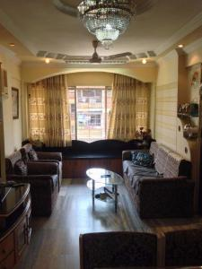 Gallery Cover Image of 850 Sq.ft 2 BHK Apartment for buy in Raheja Township, Malad East for 16500000