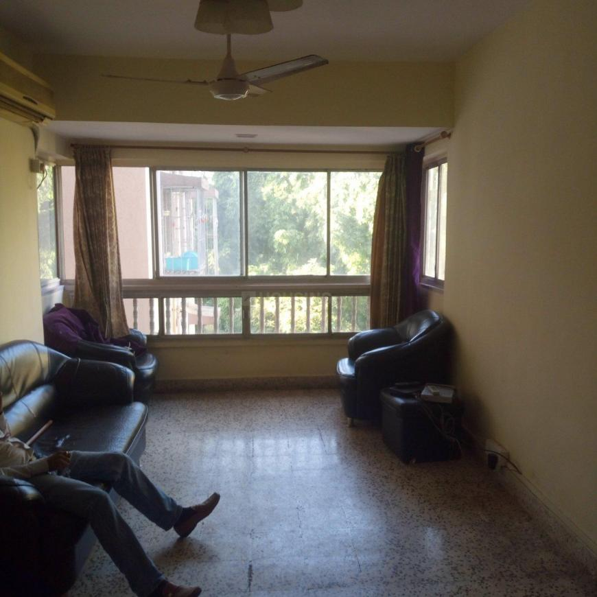 Living Room Image of 650 Sq.ft 1 BHK Apartment for rent in Andheri West for 36000