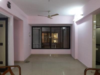 Gallery Cover Image of 1000 Sq.ft 2 BHK Apartment for buy in Thane West for 10500000