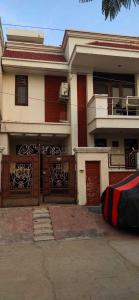 Gallery Cover Image of 2200 Sq.ft 3 BHK Villa for buy in Dayal Bagh for 12000000