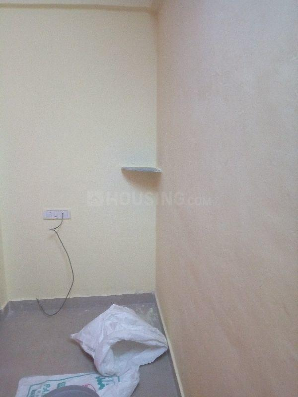 Living Room Image of 400 Sq.ft 1 RK Apartment for buy in Kalyan East for 1261000