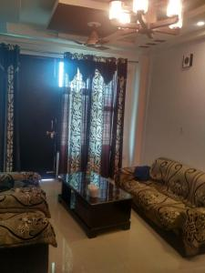 Gallery Cover Image of 1600 Sq.ft 3 BHK Independent Floor for rent in Dhul Siras for 30000