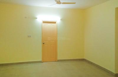 Gallery Cover Image of 750 Sq.ft 2 BHK Apartment for rent in Salt Lake City for 8500