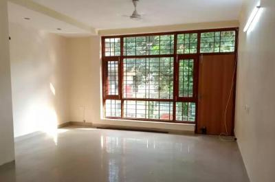 Gallery Cover Image of 2200 Sq.ft 4 BHK Apartment for buy in Vasant Kunj for 29500000